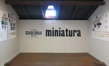 2012 : Miniatura